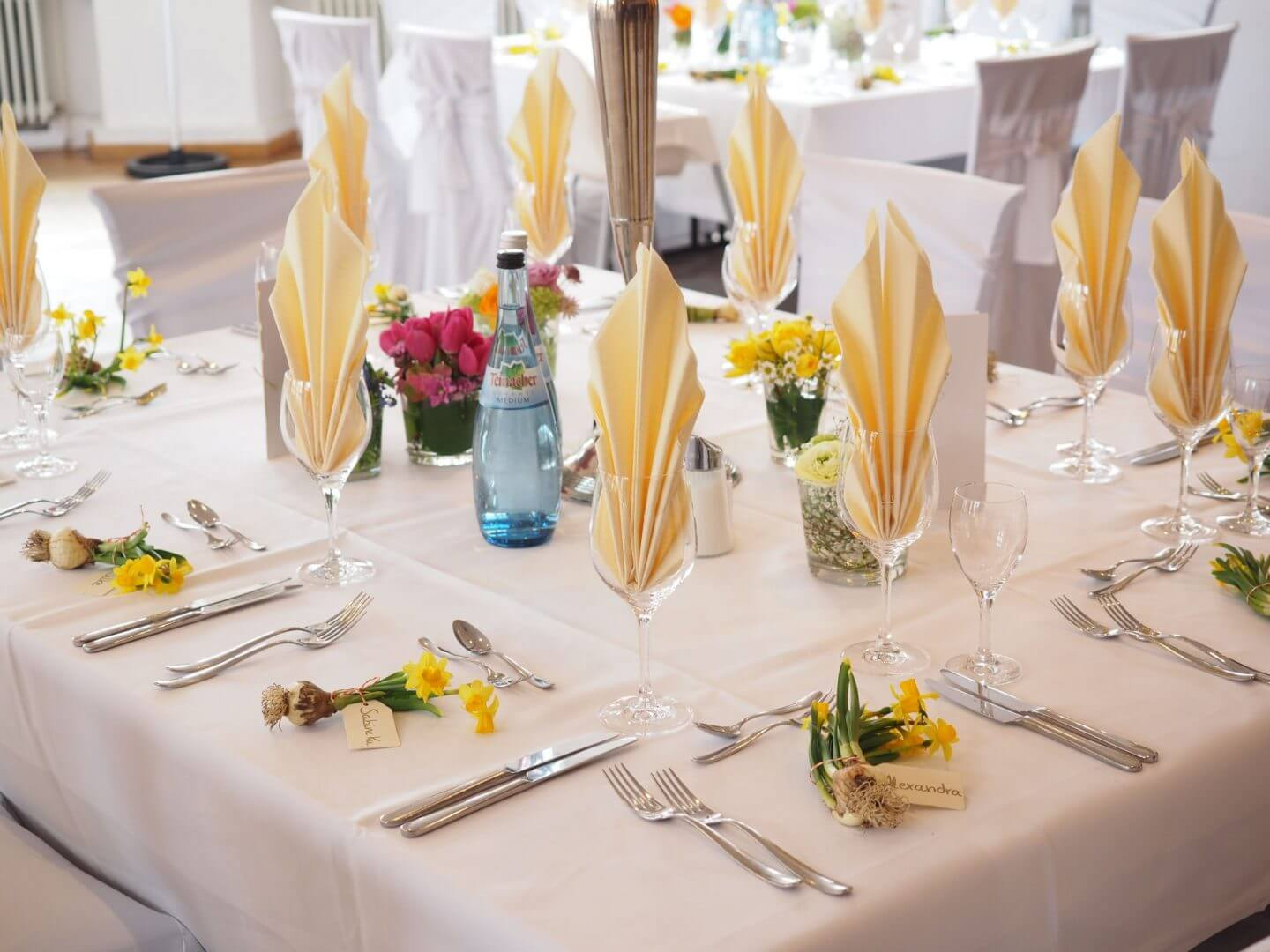 white and yellow themed wedding table decorations